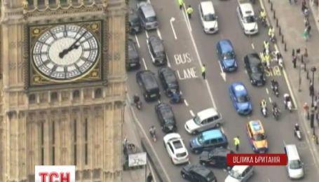 В Лондоне таксисты устроили протест против компании Uber