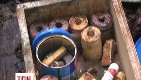 Юнак сім років розшукував зброю часів ВВВ і ховав у підвалі
