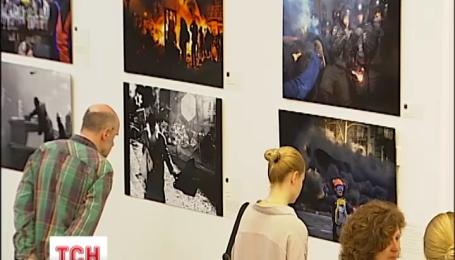 У Києві відкрили фотовиставку про події на Євромайдані