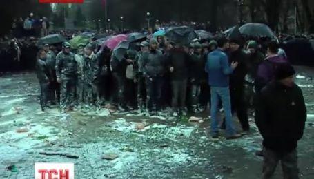 Сепаратистов в Запорожье спасали священники