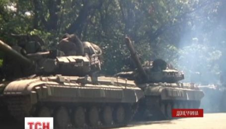Террористы обстреливают опорный пункт сил АТО возле поселка Тараны
