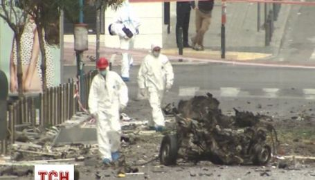 У центрі Афін перед будівлею Банку Греції пролунав вибух