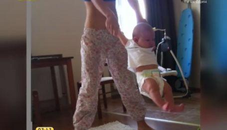 Врачи рекомендуют для младенцев динамическую гимнастику