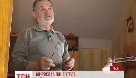 Львівський майстер Мирослав Пуцентела прославився своїми скрипками на весь світ