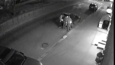 В Киеве неизвестные прячут коктейли Молотова