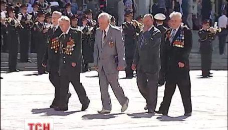 В Киеве отменили военный парад на День победы