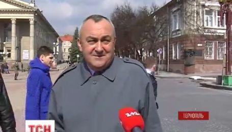 Украинцы рассказали, когда в последний раз давали взятки