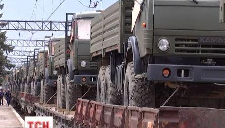 Украинскую военную технику продолжают вывозить из Крыма