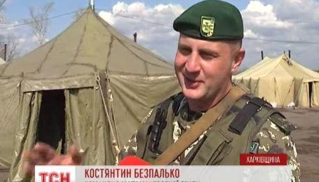 Прикордонники на Харківщині взяли шефство над сільськими бабусями