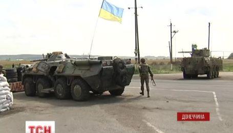 Украинские силовики ведут жесткую борьбу с вооруженными террористами