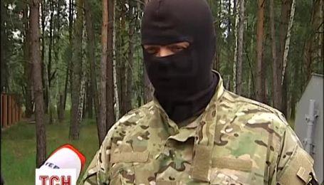 """""""Донбас"""" набирає добровольців до """"інформаційного батальйону"""""""
