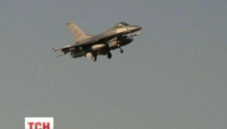 Канада отправила шесть истребителей Румынии