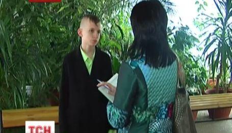Міліція захистила школяра, якого притісняли через зачіску