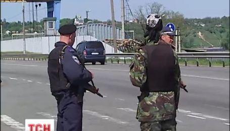 Киевская милиция обещает спокойный день выборов