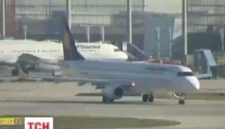 У Німеччині скасовано майже всі внутрішні рейси через страйк