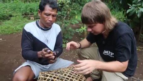 Індонезія. Острів Сулавесі і Калимантане. Полювання на кажанів. Видобуток алмазів. 13 серія