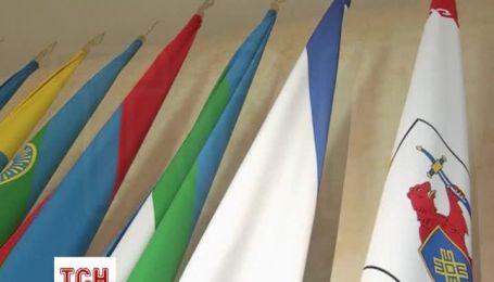 Прапори Криму і Севастополя встановили в Раді Федерації