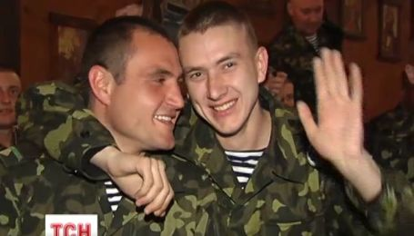 Украинские звезды устроили специальный концерт для военных