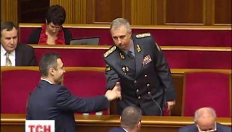 В Украине новый исполняющий обязанности министра обороны