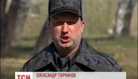 Турчинов с Аваковым приехали на обучение Национальной гвардии