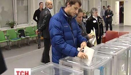 Технические кандидаты преобладать в бюллетенях на выборах Президента