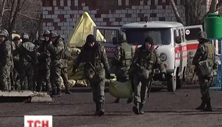 Терористи проігнорували мирний план Порошенка