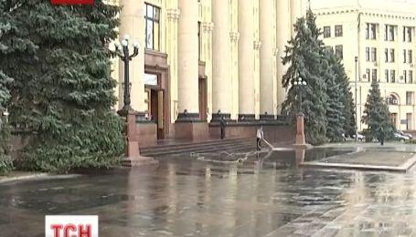 У Харкові відчищають ОДА після сепаратистів