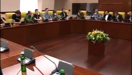 Коньков: ФФУ нікому не віддасть кримські клуби
