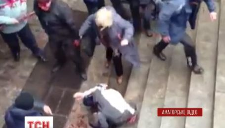В Харькове пророссийские активисты избили людей, которые выступили за целостность Украины