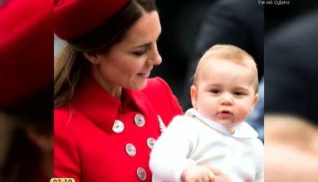 8-месячный британский принц Джордж отправился в свое первое зарубежное турне