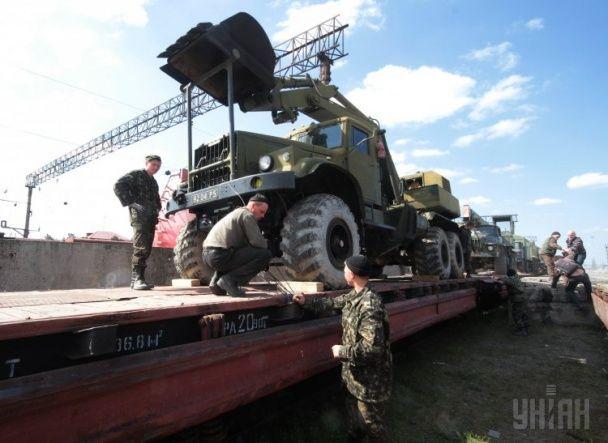 Украинскую военную технику готовятся вывезти из оккупированного Крыма
