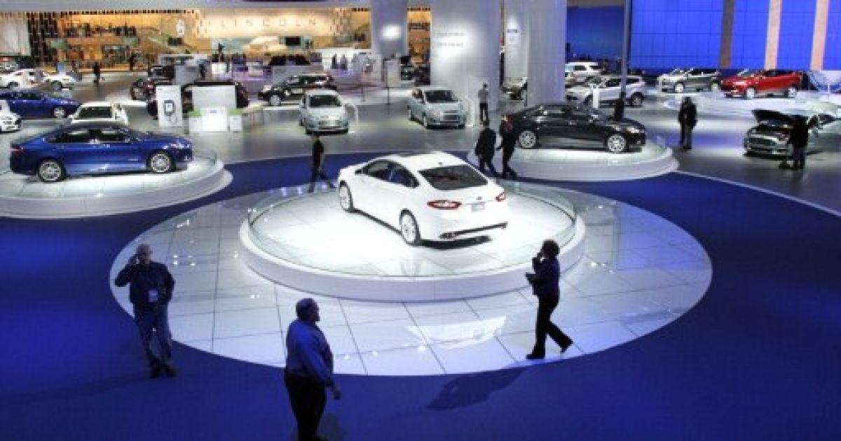Найкращими автомобілями року стали легковик Hyundai Elantra і позашляховик Range Rover Evoque @ AFP