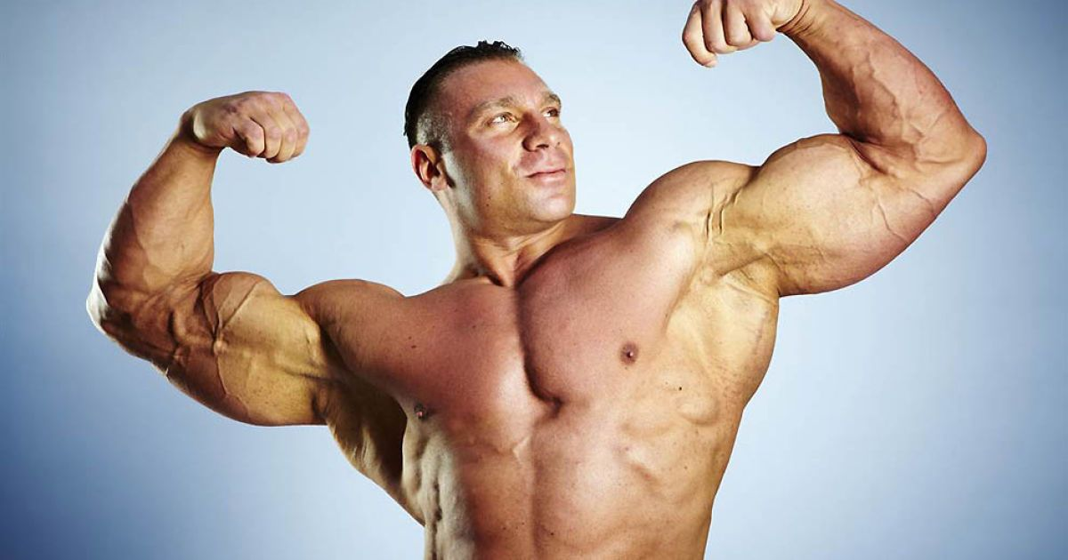 Найважчий бодібілдер — Даніель Секкареці (134,99 кг) @ Guinness World Records