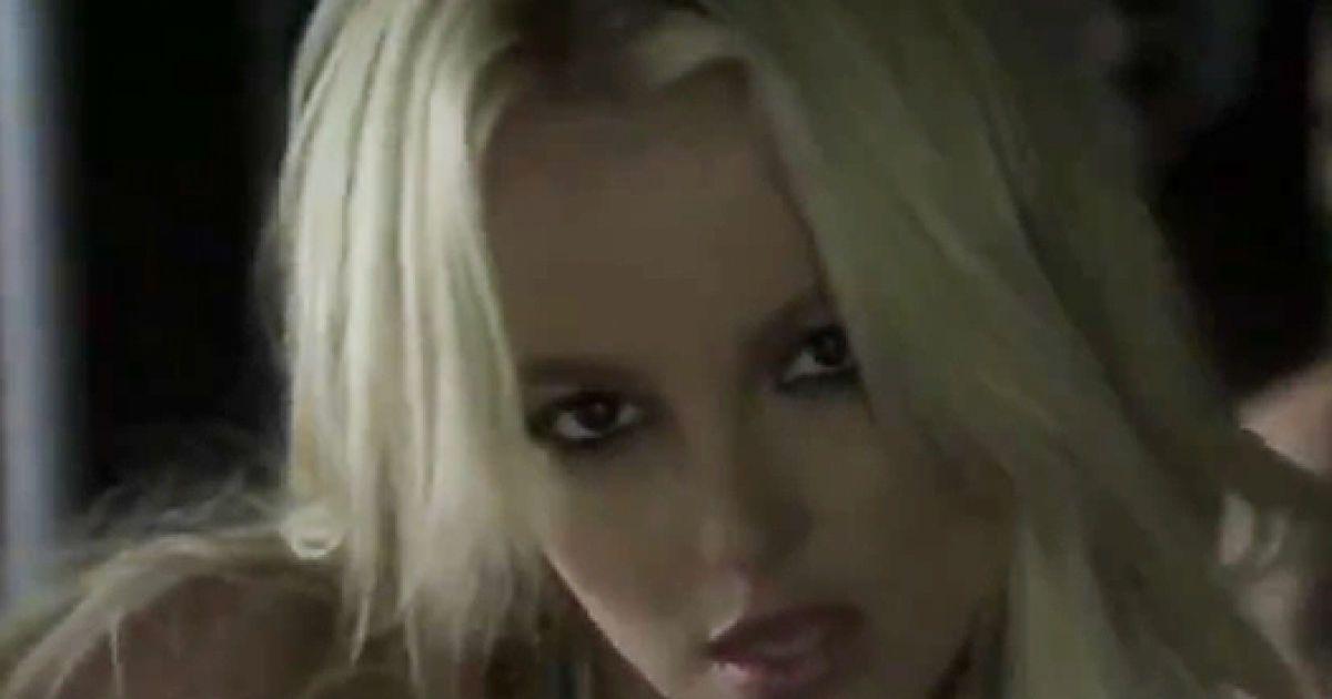 Нове відео в стилі Брітні