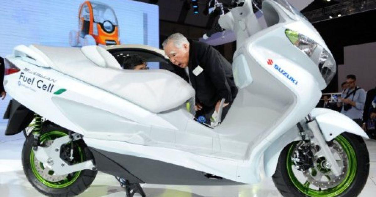 Новий Suzuki Burgman @ AFP