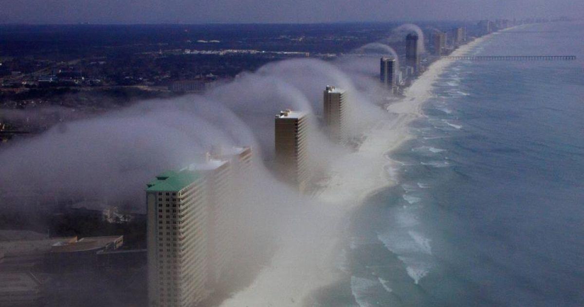 """Унікальне """"небесне цунамі"""" у Флориді @ Facebook"""