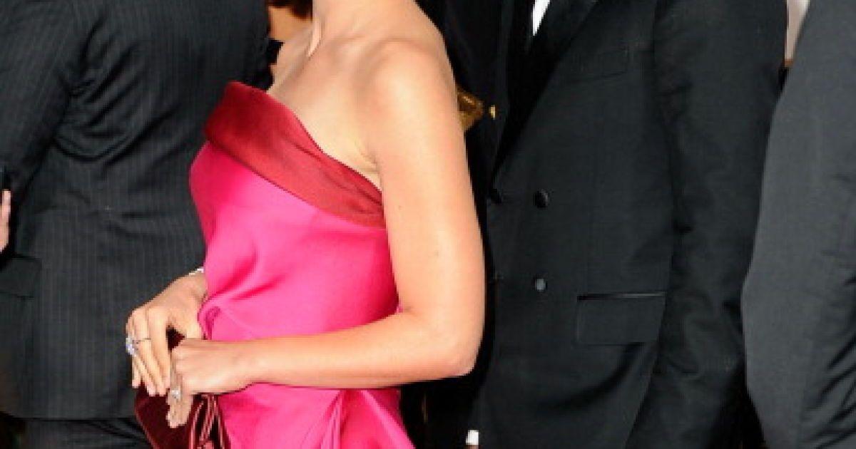 """Наталі Портман на 69-тій церемонії """"Золотий глобус"""" @ Getty Images/Fotobank"""