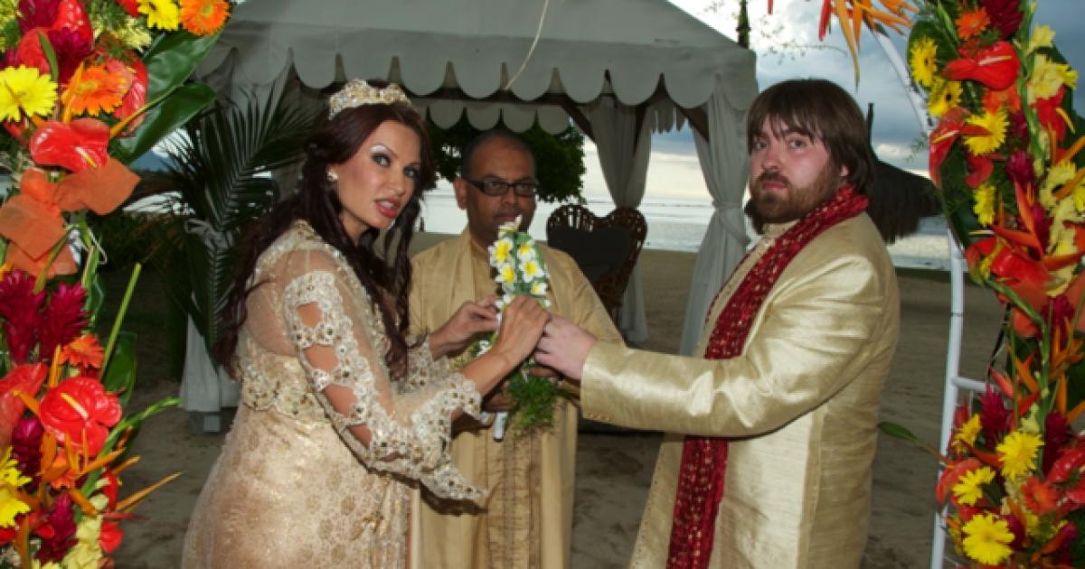 Одруження було таємним і тихим @ bledans.livejournal.com/