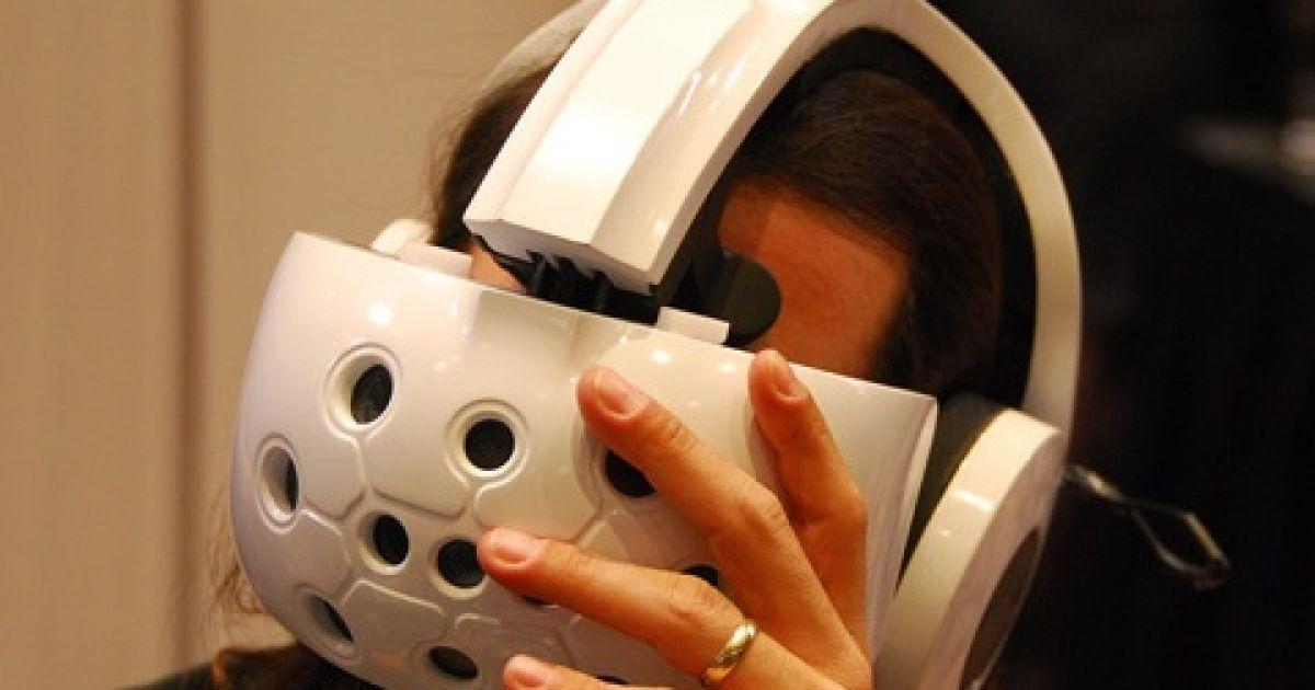 Окуляри Natalia для занурення у віртуальний світ @ DVICE