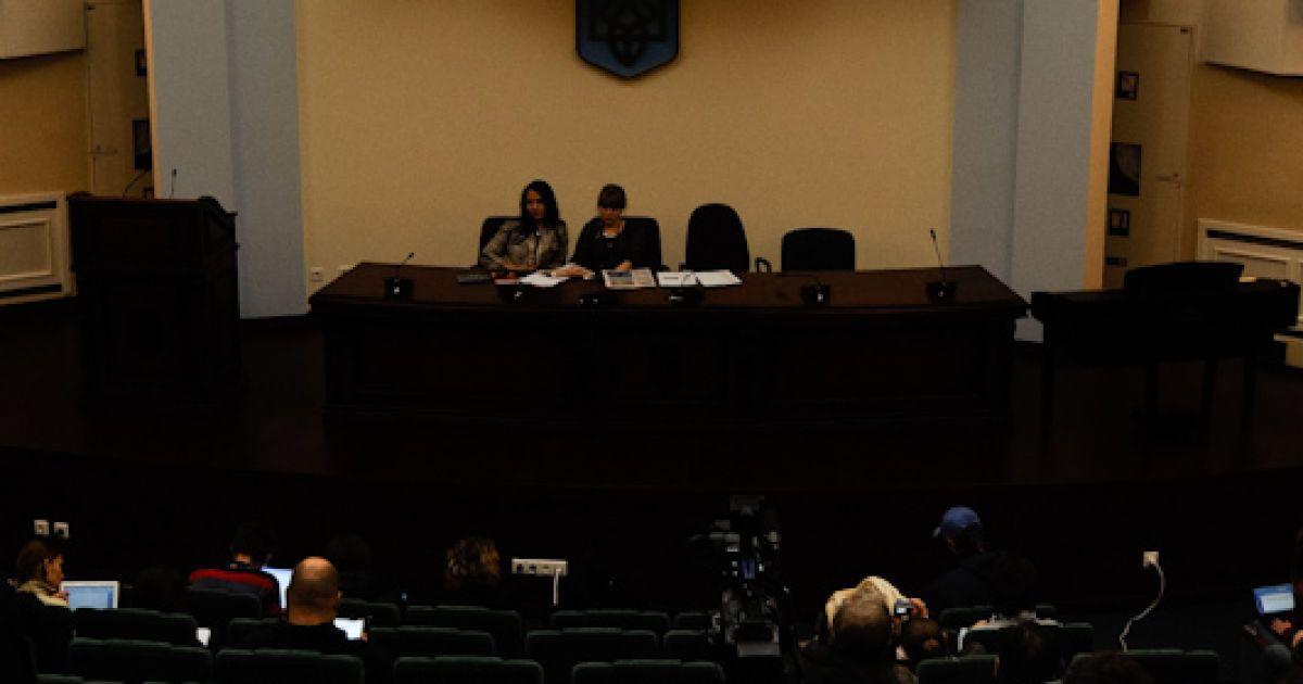 Захист Тимошенко просить суд допустити на розгляд апеляції на вирок екс-прем'єра журналістів. @ Євген Малолєтка/ТСН.ua