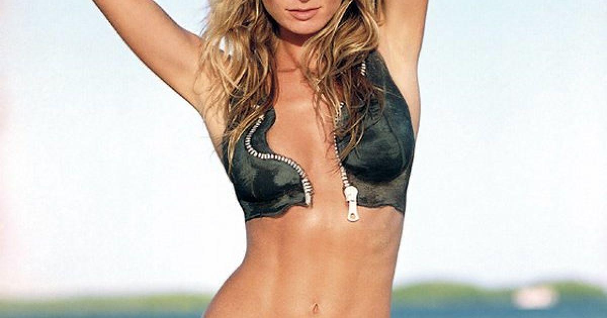 """Журнал Sports Illustrated одяг відомих моделей у купальники в стилі """"боді-арт"""". @ Si.com"""