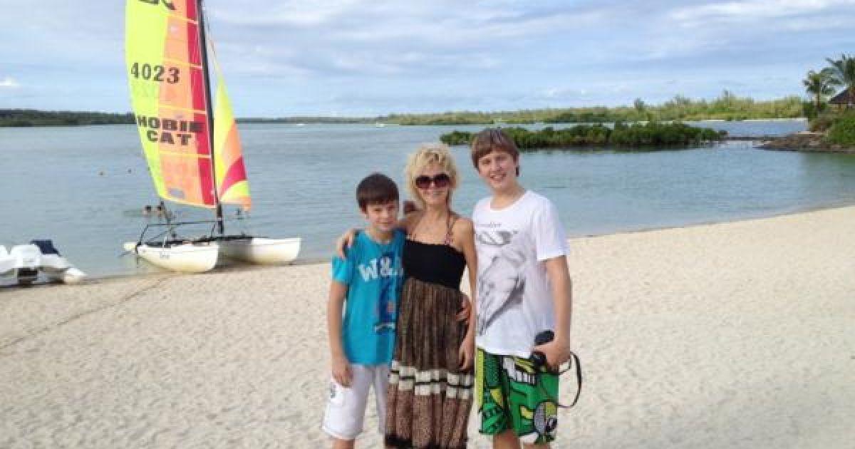 Валерія з синами Артемом та Арсенієм @ Twitter/Валерія