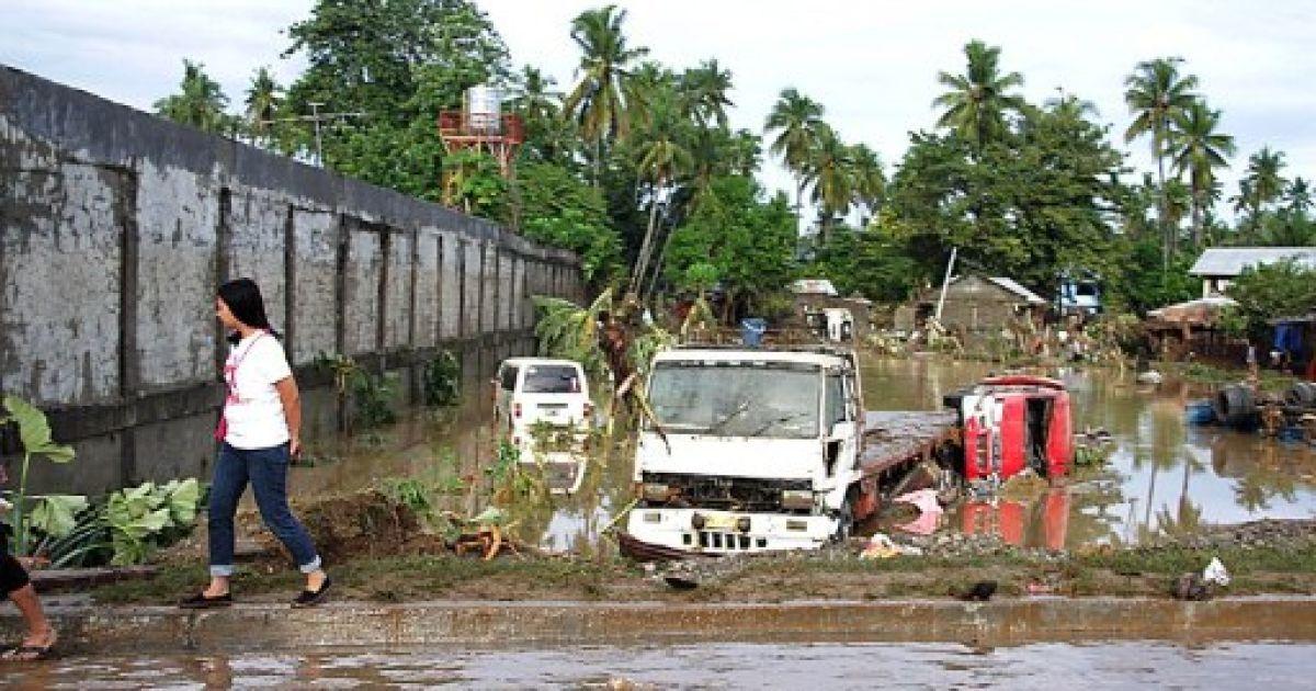 Проливні дощі обрушилися на південний острів архіпелагу Мінданао @ AFP