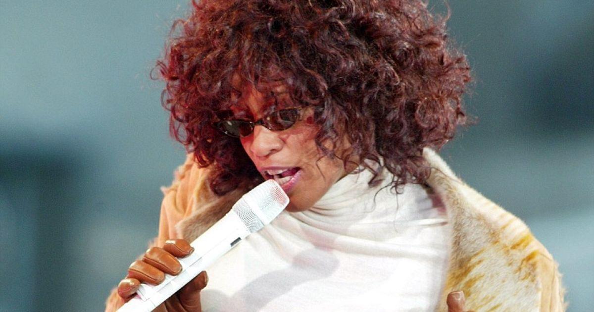 Легенда поп-музики Вітні Х'юстон померла на 49 році життя @ AFP