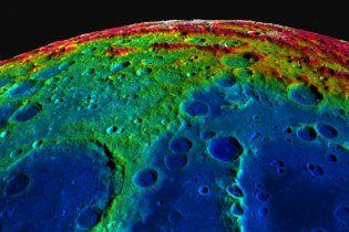 """""""Політати"""" над поверхнею Місяця можна завдяки 3D-мапі (відео)"""