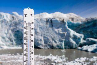 Гренландія почала стрімко виходити з води