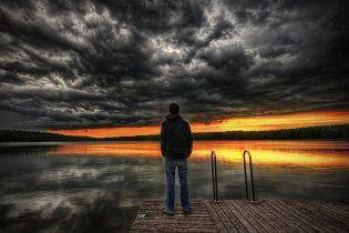 Українці готуються до кінця світу 2012, а експерти називають Армагеддон маячнею