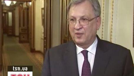 Янукович звільнив міністра фінансів