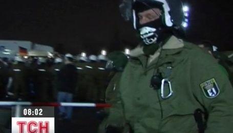 Более 100 полицейских из Европы приедут на матчи Евро-2012