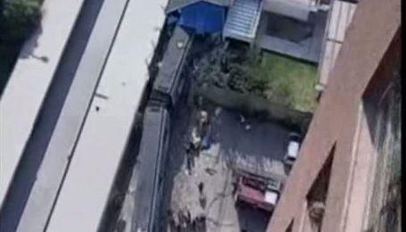 У Сантьяго потяг метро зійшов з рейок і на швидкості врізався у будинок